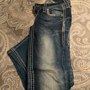 Rock revival jeans- elasie style